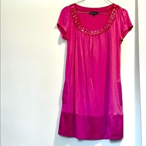 Pink Express dress w/ pockets!